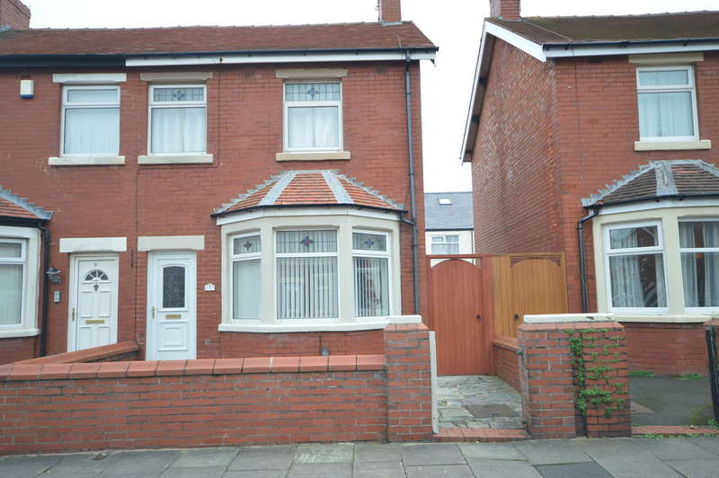 3 Bedrooms Semi Detached House for sale in Rangeway Avenue, South Shore