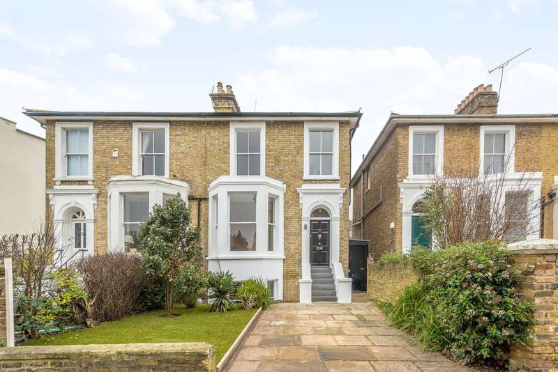 4 Bedrooms House for rent in Park Road, East Twickenham, TW1