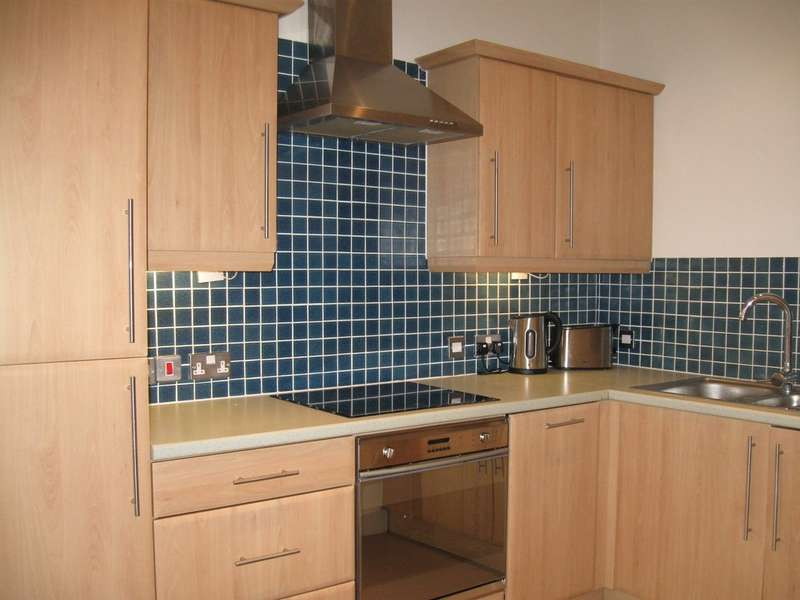 2 Bedrooms Flat for rent in The Symphony Building, 2 Stowell Street, Liverpool