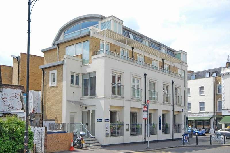 1 Bedroom Flat for rent in Bridge Road, Hampton Court, KT8