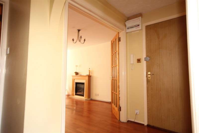 2 Bedrooms Apartment Flat for sale in Kingfisher Way, Brentfield Road, London