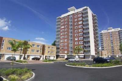 3 Bedrooms Town House for rent in Lakeside Rise, Blackley, M9