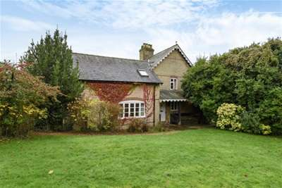 5 Bedrooms House for rent in Inchmery Lane, Exbury