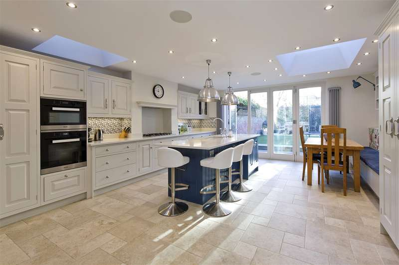 6 Bedrooms End Of Terrace House for sale in Batoum Gardens, Hammersmith