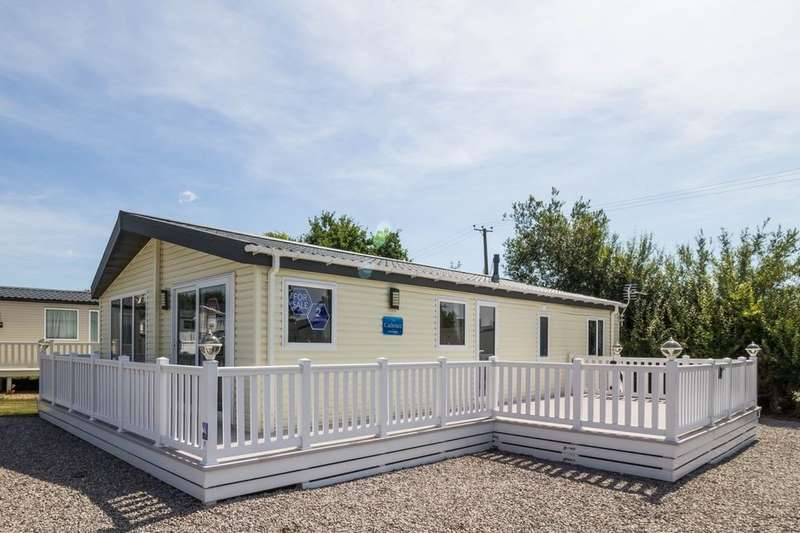 2 Bedrooms Detached Bungalow for sale in The Cadence Eastbourne Road, Pevensey Bay, Pevensey, BN24