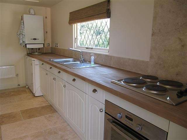 1 Bedroom Apartment Flat for rent in Baughurst, Hampshire
