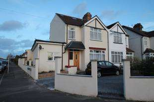 5 Bedrooms Detached House for sale in Eden Park Avenue, Beckenham, Kent, .