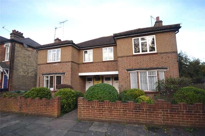 2 Bedrooms Maisonette Flat for sale in Lankaster Gardens, East Finchley, London, N2