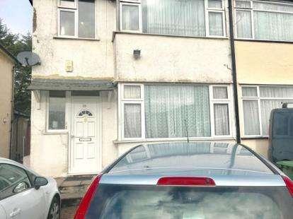 1 Bedroom Maisonette Flat for sale in Collier Drive, Edgware