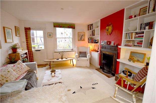 3 Bedrooms Terraced House for sale in Bowbridge Lane, Stroud, Gloucestershire, GL5 2JP