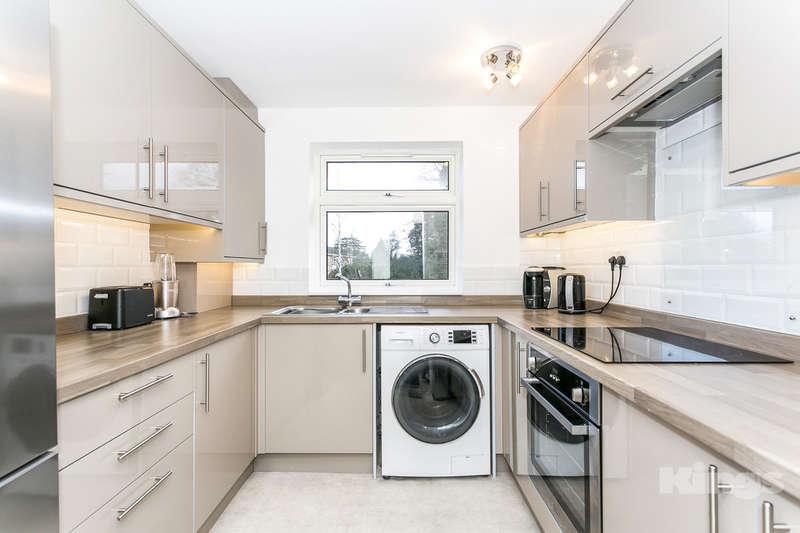 3 Bedrooms Flat for sale in Shrublands Court, Tunbridge Wells