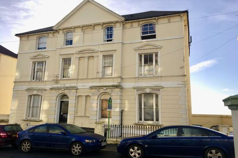 3 Bedrooms Flat for sale in West Hill Road, St. Leonards-On-Sea, TN38