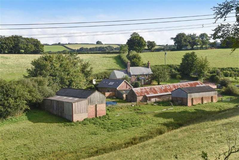4 Bedrooms Detached House for sale in Clayhanger, Tiverton, Devon, EX16