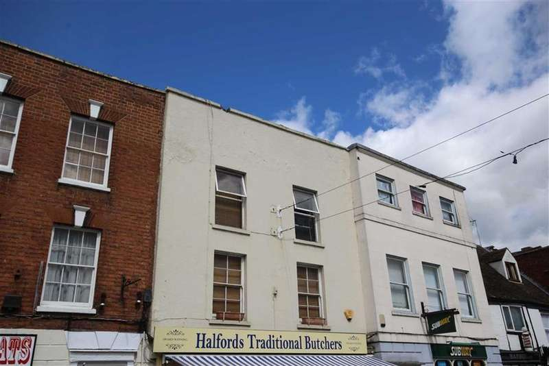 2 Bedrooms Flat for sale in High Street, Town Centre, Tewkesbury, Gloucestershire