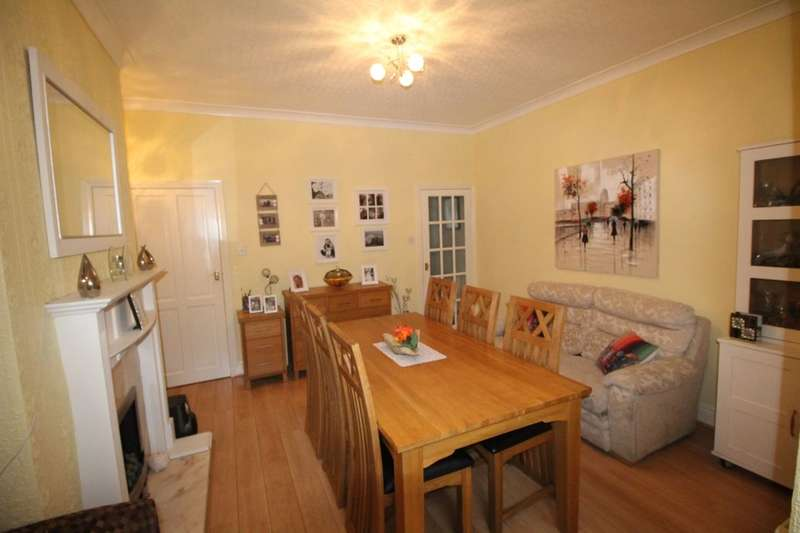 2 Bedrooms Terraced House for sale in Castle Street, Hapton, Burnley, BB12