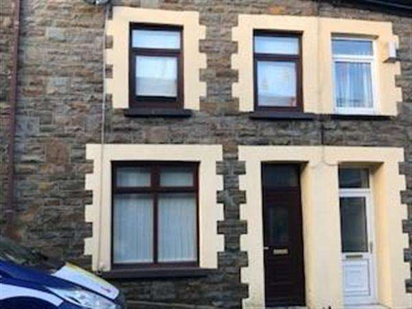 4 Bedrooms Terraced House for rent in Elm Street, Ferndale