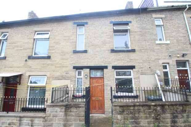 4 Bedrooms Terraced House for sale in Spencer Street,, Keighley, West Yorkshire, BD21 2BS