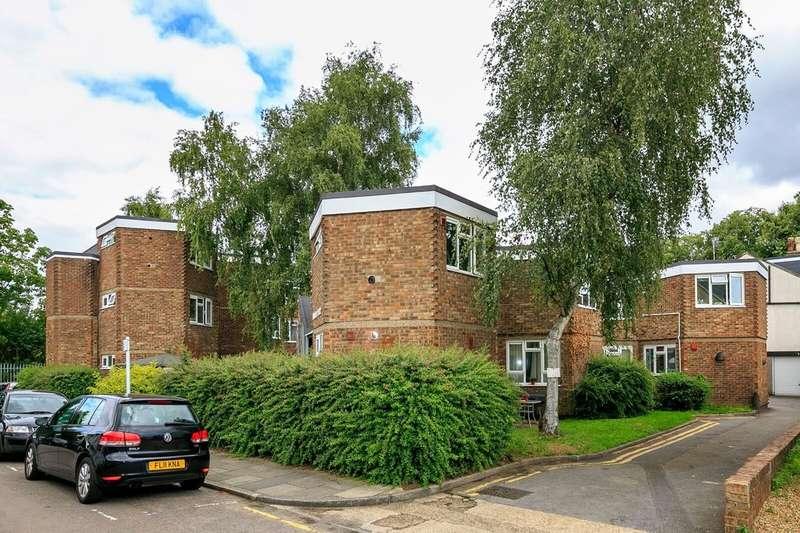 1 Bedroom Apartment Flat for sale in Albert Road, Twickenham TW1