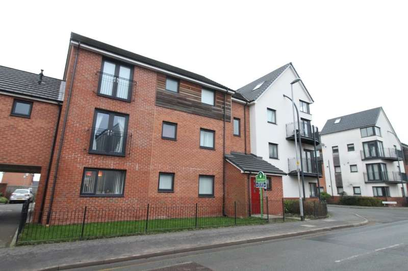 2 Bedrooms Flat for sale in Fields New Road, Chadderton, Oldham, OL9