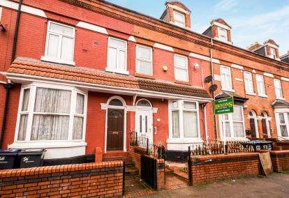 5 Bedrooms Terraced House for sale in Gladstone Road, Sparkbrook, Birmingham, West Midlands