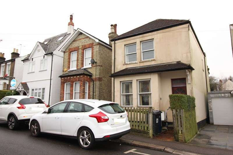 2 Bedrooms Detached House for sale in Sebright Road, High Barnet
