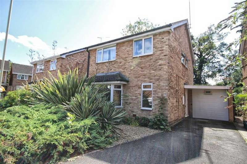4 Bedrooms Detached House for sale in Darwin Close, Golden Valley, Cheltenham, GL51