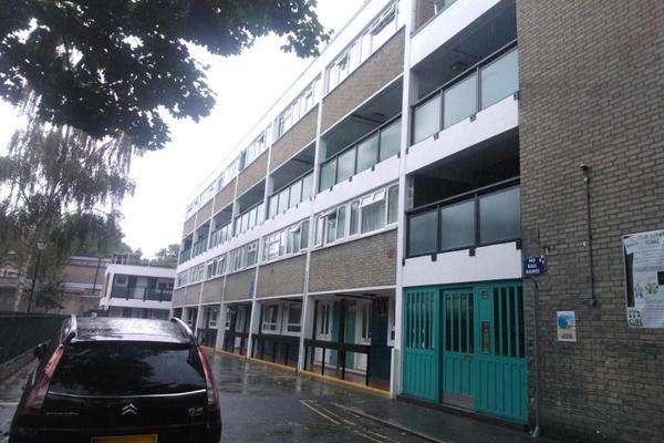 3 Bedrooms Maisonette Flat for sale in Begbie House, St Martin's Road, London SW9