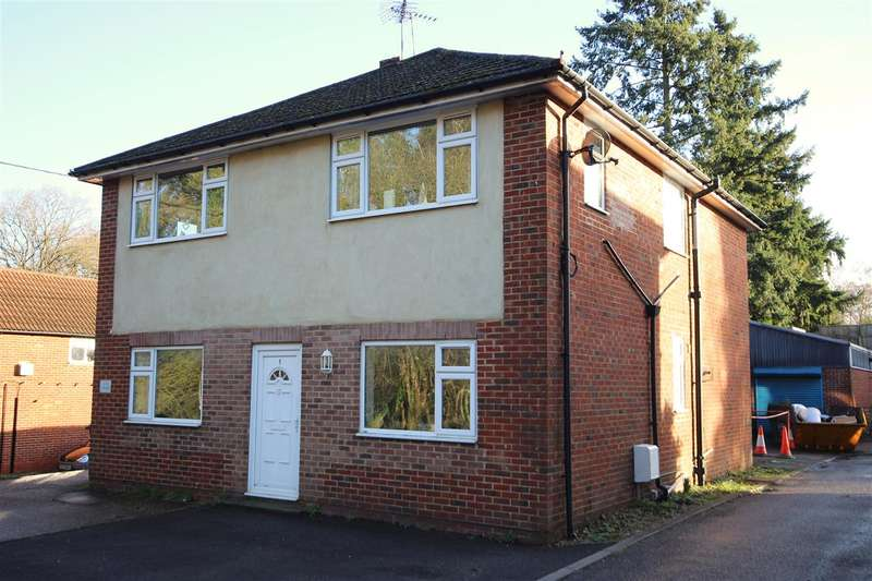 2 Bedrooms Apartment Flat for rent in Jeha House, Petersfield Road, Whitehill