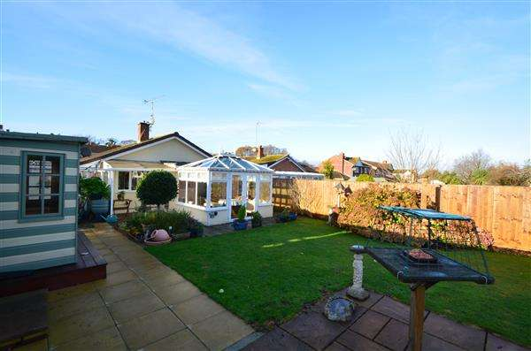 2 Bedrooms Bungalow for sale in Lambert Close, Dawlish