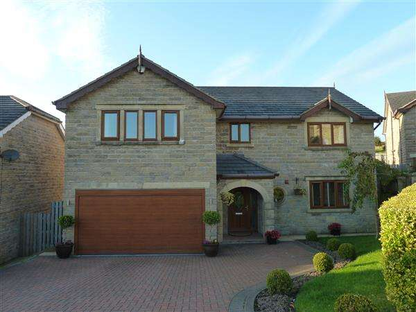 5 Bedrooms Detached House for sale in Beechwood Drive, Crawshawbooth, Rawtenstall