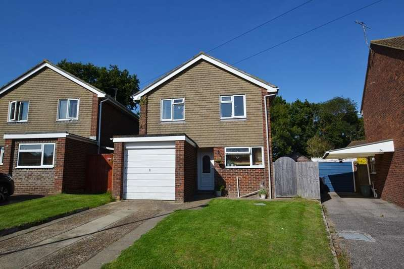 4 Bedrooms Detached House for sale in Wear Road, Durrington, West Sussex, BN13 3PF