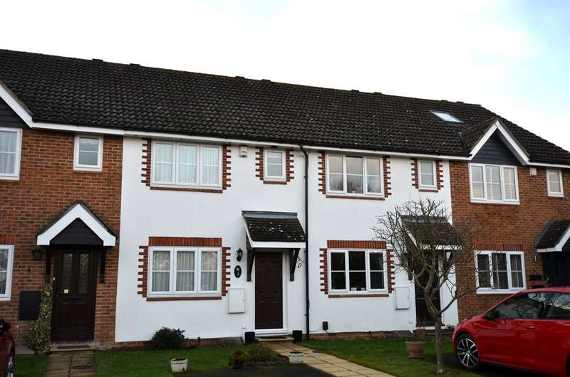 2 Bedrooms Terraced House for sale in White Hart Close, Chalfont St Giles, HP8