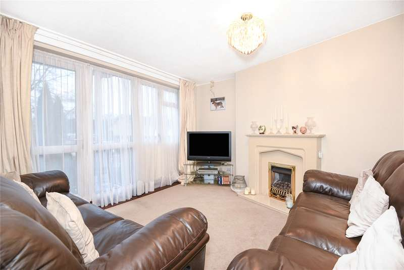 2 Bedrooms Apartment Flat for sale in Buttlehide, Maple Cross, Rickmansworth, Hertfordshire, WD3
