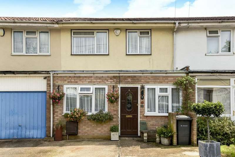 3 Bedrooms Terraced House for sale in Chelsfield Gardens, Sydenham