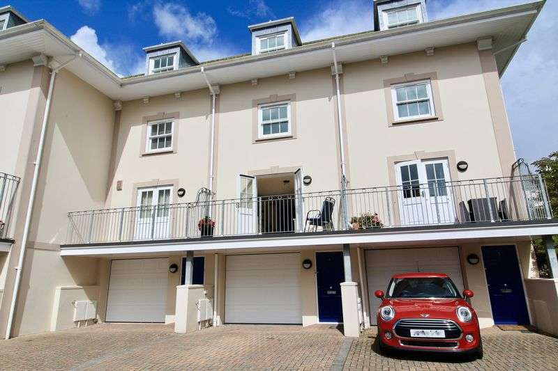 4 Bedrooms Property for sale in Kimberley Croft, Falmouth