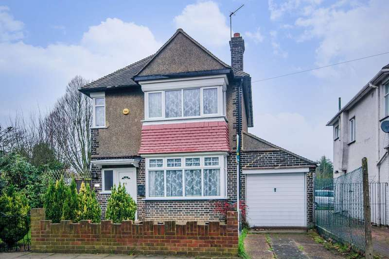 3 Bedrooms Detached House for sale in Carlton Avenue East, Wembley, HA9
