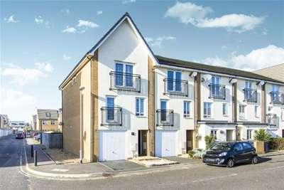 4 Bedrooms Town House for rent in Schoolfield Way, Purfleet