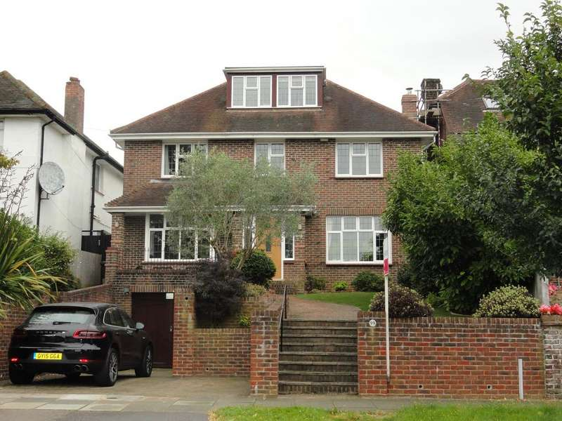5 Bedrooms Detached House for sale in Shirley Drive, Hove BN3