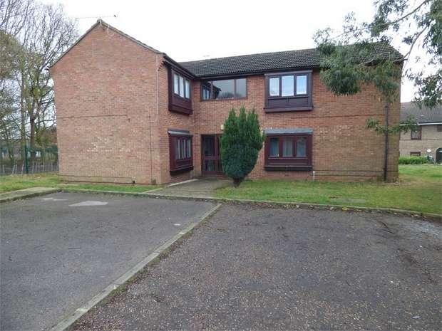 Studio Flat for sale in Henniker Gate, Chelmsford, Essex