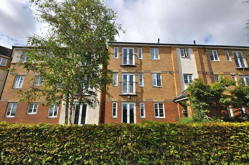 2 Bedrooms Apartment Flat for sale in Nairn Close, The Broadway, Sunderland