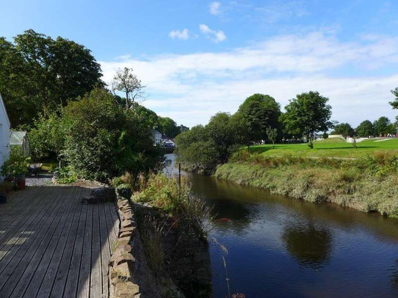 4 Bedrooms Detached House for sale in Quay Street, Haverfordwest, Pembrokeshire