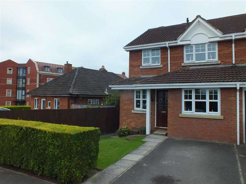 3 Bedrooms End Of Terrace House for sale in Lower Court, Trowbridge, Wiltshire, BA14