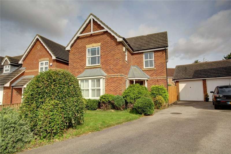 3 Bedrooms Detached House for sale in St Cuthberts Way, Sherburn Village, Durham, DH6