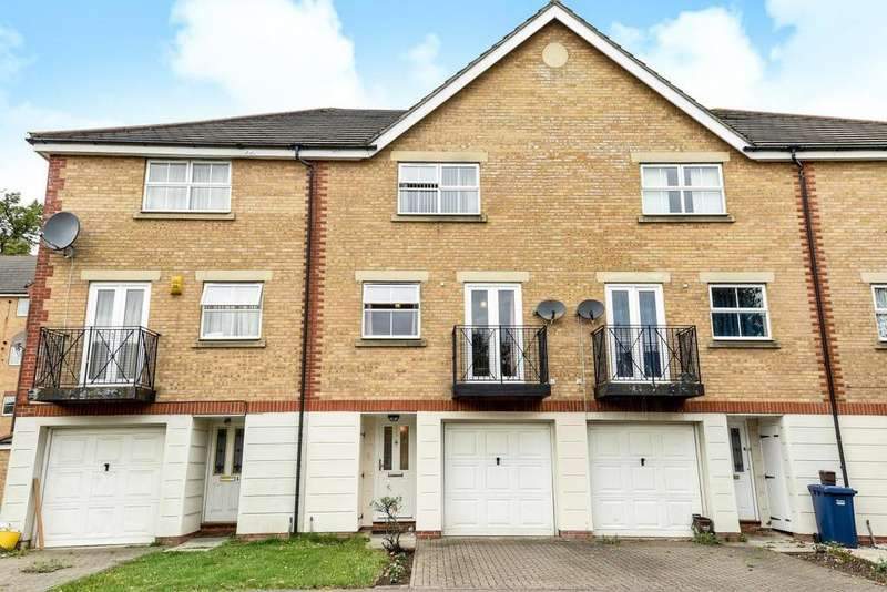 4 Bedrooms Terraced House for sale in Ribblesdale Avenue, Friern Barnet