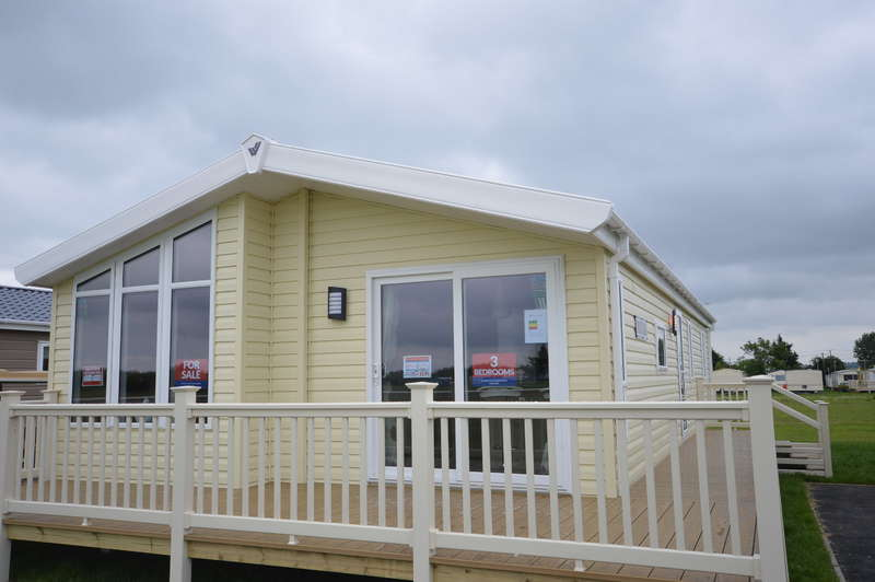 3 Bedrooms Lodge Character Property for sale in Steeple Bay Holiday Park, Canney Road