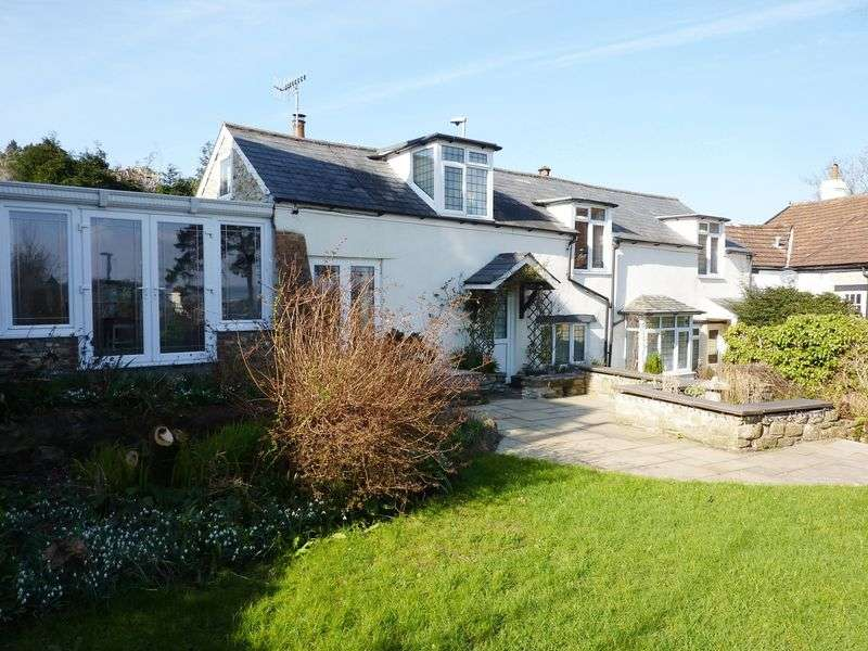 3 Bedrooms Property for sale in Clappentail Lane, Lyme Regis