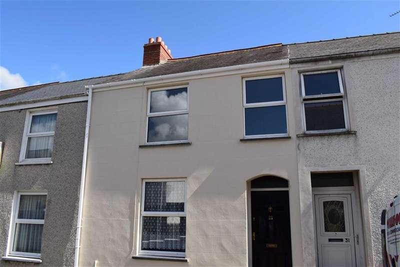 3 Bedrooms Terraced House for sale in Wellington Street, Pembroke Dock