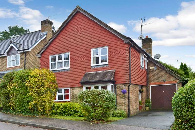 3 Bedrooms Detached House for sale in York Avenue, East Grinstead, RH19