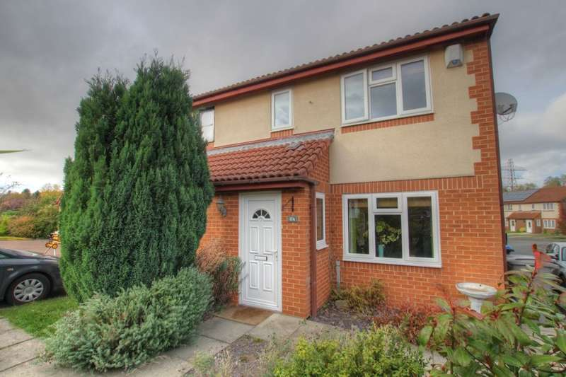 3 Bedrooms Semi Detached House for sale in Hatfield Close, Framwellgate Moor, Durham, DH1