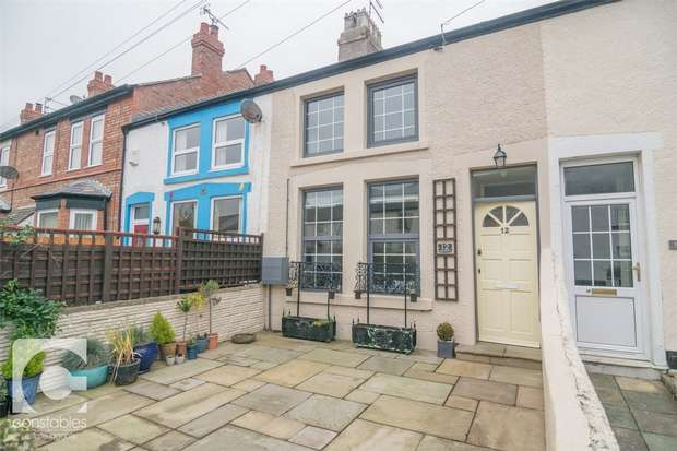 2 Bedrooms Terraced House for rent in Lake Place, Hoylake, Wirral, Merseyside